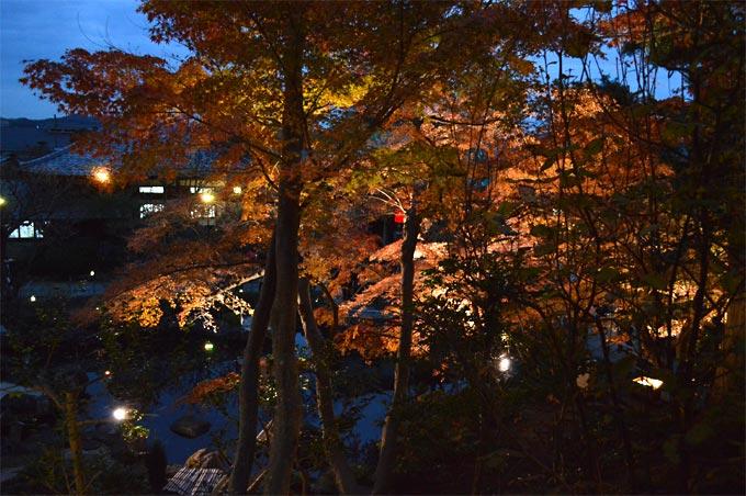 【第1位】本命はなんといっても毎年恒例!長谷寺の紅葉ライトアップ。 [2015年]