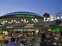 東京ドームシティ|グルメガイド|ビアガーデン 風と緑のビアガーデン