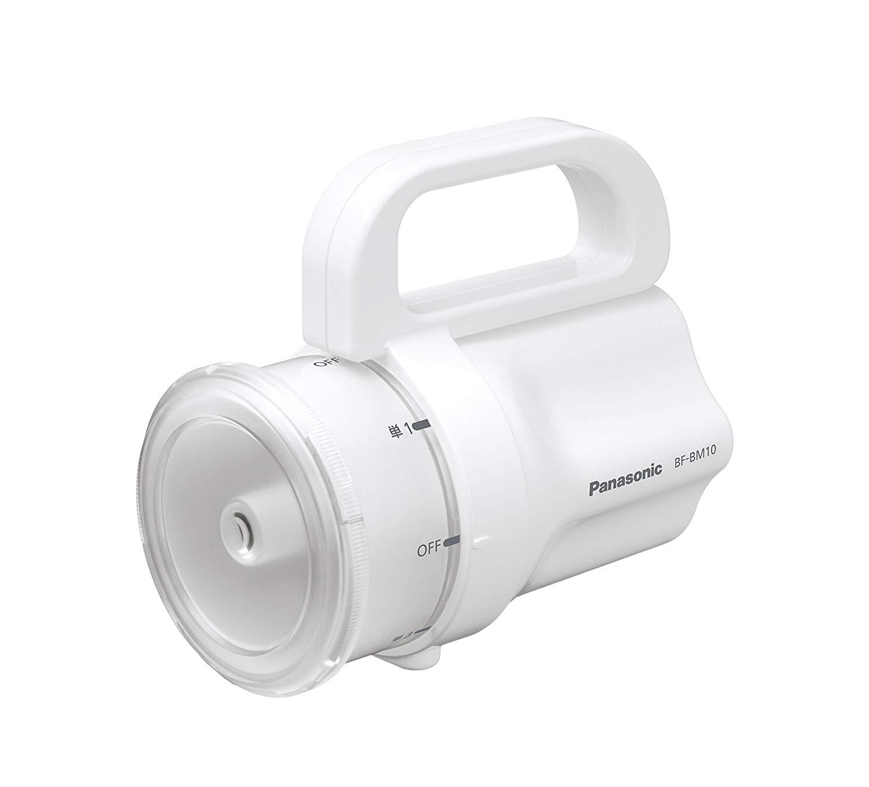 Amazon | パナソニック LED懐中電灯 電池がどれでもライト ホワイト BF-BM10-W | パナソニック(Panasonic) | 懐中電灯